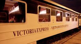 Auu00dfenansicht des Vietnam Nachtzug  (Hanoi - Laocai)