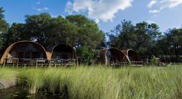 Blick auf die Landschaft, Camp Okuti in Okavango Delta, Botswana