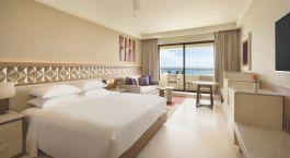 Zimmer mit Doppelbett im Hyatt Ziva Cancun, Cancu00fan, Mexiko