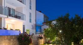 Enchanting Travels Croatia & Slovenia Tours Apartments Villa Ankora