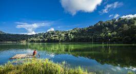 Blick auf den See in indonesien