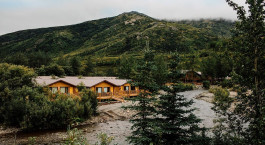 Enchanting Travels Alaska Denali National Park Denali Backcountry Lodge Exterior