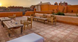 Dachterrasse im Riad Dar Sara Hotel in Marrakesch, Marokko