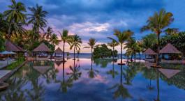 Swimmingpool im The Oberoi Beach Resort, Lombok in Lombok, Indonesien