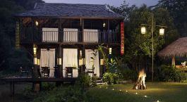 Auu00dfenansicht und Garten des Anantara Golden Triangle, Chiang Saen in Thailand