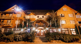 Auu00dfenansicht des Kosten Aike Hotel in El Calafate, Argentinien