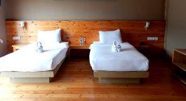Zweibettzimmer im Lobesa Hotel in Punakha, Bhutan