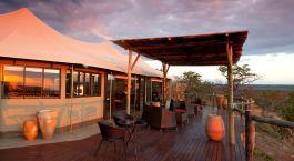 Auu00dfenansicht  im Hotel Elephant Camp, Viktoriafu00e4lle, Zimbabwe