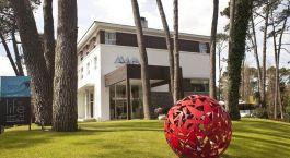 Auu00dfenansicht vom AWA Hotel, Punta del Este in Uruguay