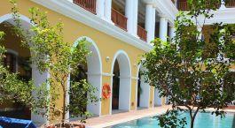 Auu00dfenansicht vom Hotel Palais De Mahe, Pondicherry in Su00fcdindien
