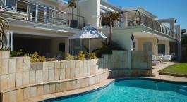 Pool im The Last Word Long Beach in Kapstadt, Su00fcdafrika