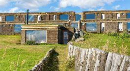 Auu00dfenansicht vom Hotel Altiplanico Sur, Puerto Natales in Chile