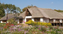 Auu00dfenansicht von Ngorongoro Farm House in Lake Manyara & Ngorongoro Krater, Tansania