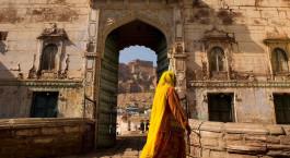 Enchanting Travels - Indien Reisen - Jodhpur - Raas - Eingang