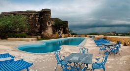 Swimmingpool im The Hill Fort Alwar Indien