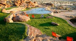Pool im Fish River Lodge in Fish River Canyon, Namibia