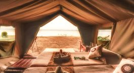 Innenansicht von Zambezi Expeditions Camp in Mana Pools, Simbabwe