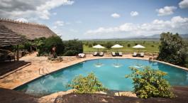 Pool im Apoka Lodge in Kidepo Valley, Uganda