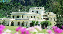 Auu00dfenansicht im Hotel Ananda Spa, Rishikesh in Himalaja