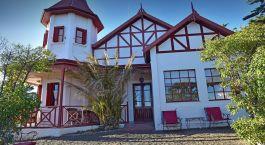 Auu00dfenansicht von El Pedral Lodge, Puerto Madryn in Argentinien