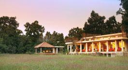 Auu00dfenansicht Mahua Kothi Bandhavgarh Indien