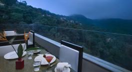 Terrasse des Vivanta By Taj u2013 Madikeri in Coorg, Su00fcdindien