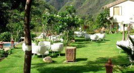 Blick auf den Garten im Hotel Raga On The Ganges, Rishikesh in Himalaja