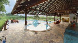 Pool im Hotel Svasvara Resort, Tadoba, Zentral- & Westindien Tadoba