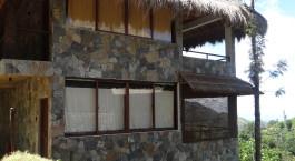 Enchanting Travels -Sri Lanka Reisen - Ella - Hotel 98 Acre - Bedroom