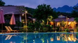 Swimmingpool im Sol Bungalows in Mai Chau, Vietnam
