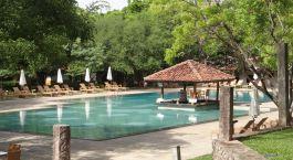 Pool im Hotel Amaya Lake Resort, Sigiriya, Sri Lanka