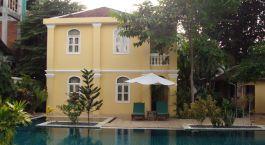 Pool der La Villa in Battambang, Kambodscha