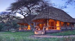 Auu00dfenansicht des Tortili Camps in Amboseli, Kenia