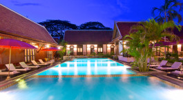 Pool im Legendha Sukhothai in Sukhothai, Thailand