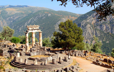 Enchanting Travels Greece Tours Delphi