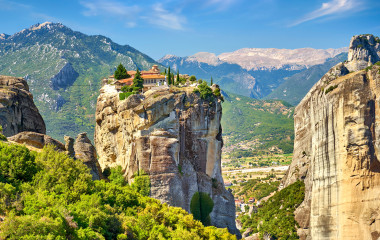 Enchanting Travels Greece Tours Meteora monasteries