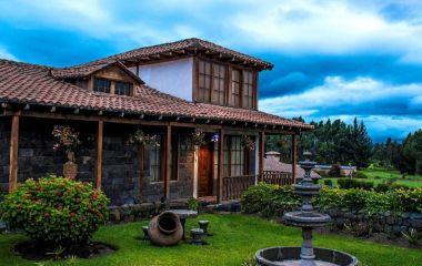 Auu00dfenansicht vom Hotel Hosteria La Andaluza, Riobamba in Ecuador/Galapagos