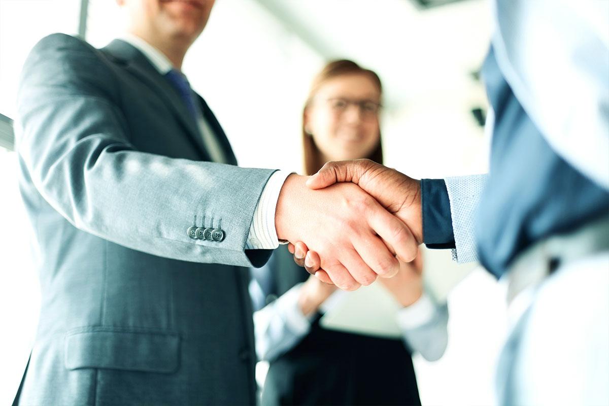 Enefit podpisał umowę sprzedaży energii z Orange Polska i pokryje całe zapotrzebowanie energetyczne operatora usług telekomunikacyjnych