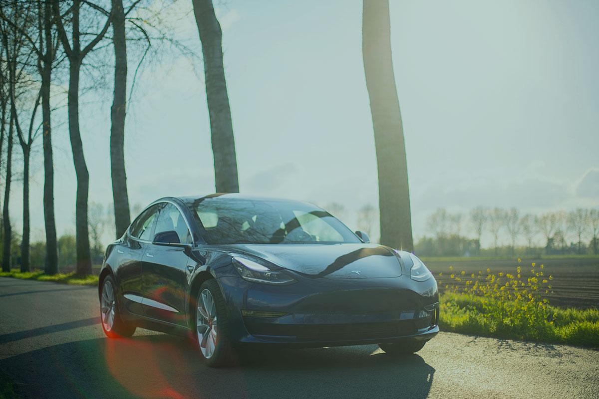 Enefit podpisał umowę z Tesla Motors na dostawę energii elektrycznej