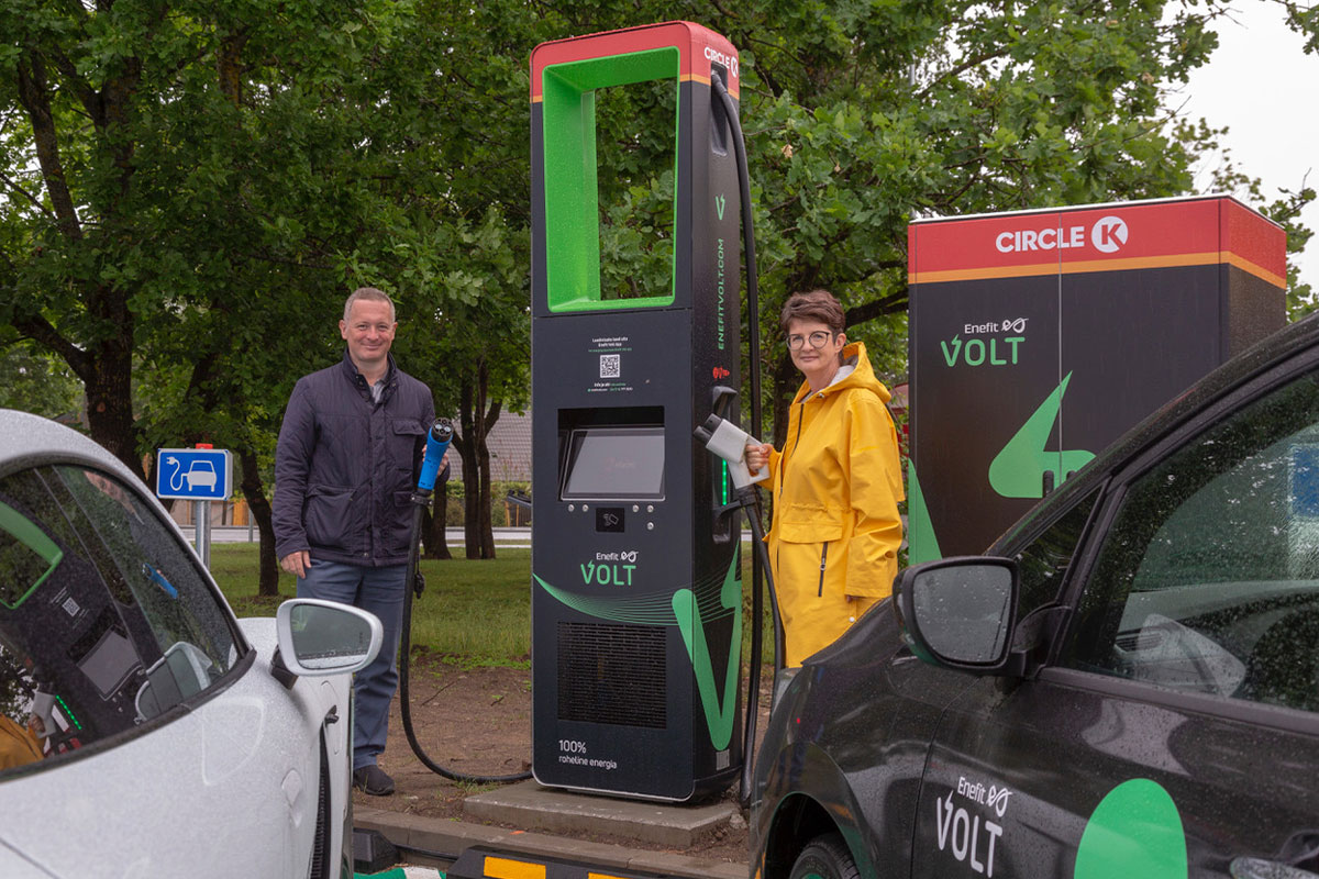 Circle K and Enefit Volt opened the first joint ultra-rapid electric car charger in Laagri