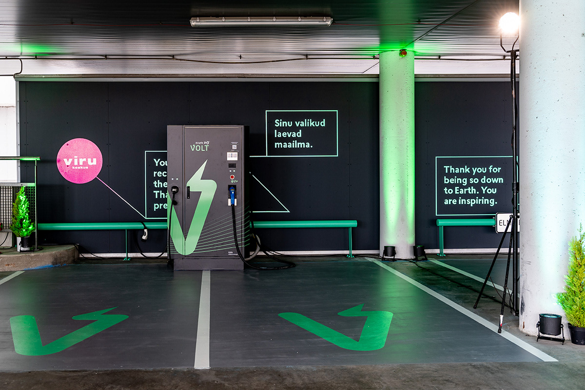Tallinn Shopping Centre Viru Keskus Opens the Largest Electric Vehicle Charging Hub in Estonia