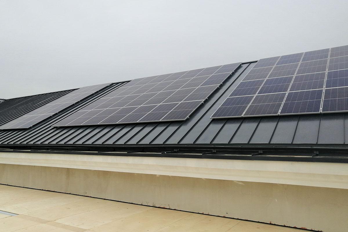Pieci padomi, kā izvēlēties saules enerģiju savam mājoklim