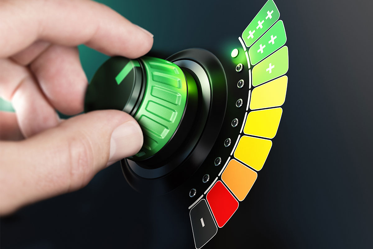 Kas liek elektrības skaitītājam griezties lēnāk?
