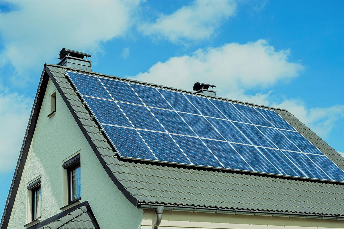 Trešdaļa mājsaimniecību gatavi ražot savu elektrību