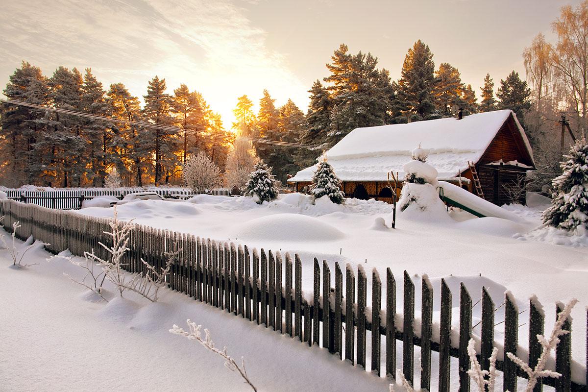 Kuusi helppoa vinkkiä – tee kodista turvallisempi ja säästä sähköä talvella