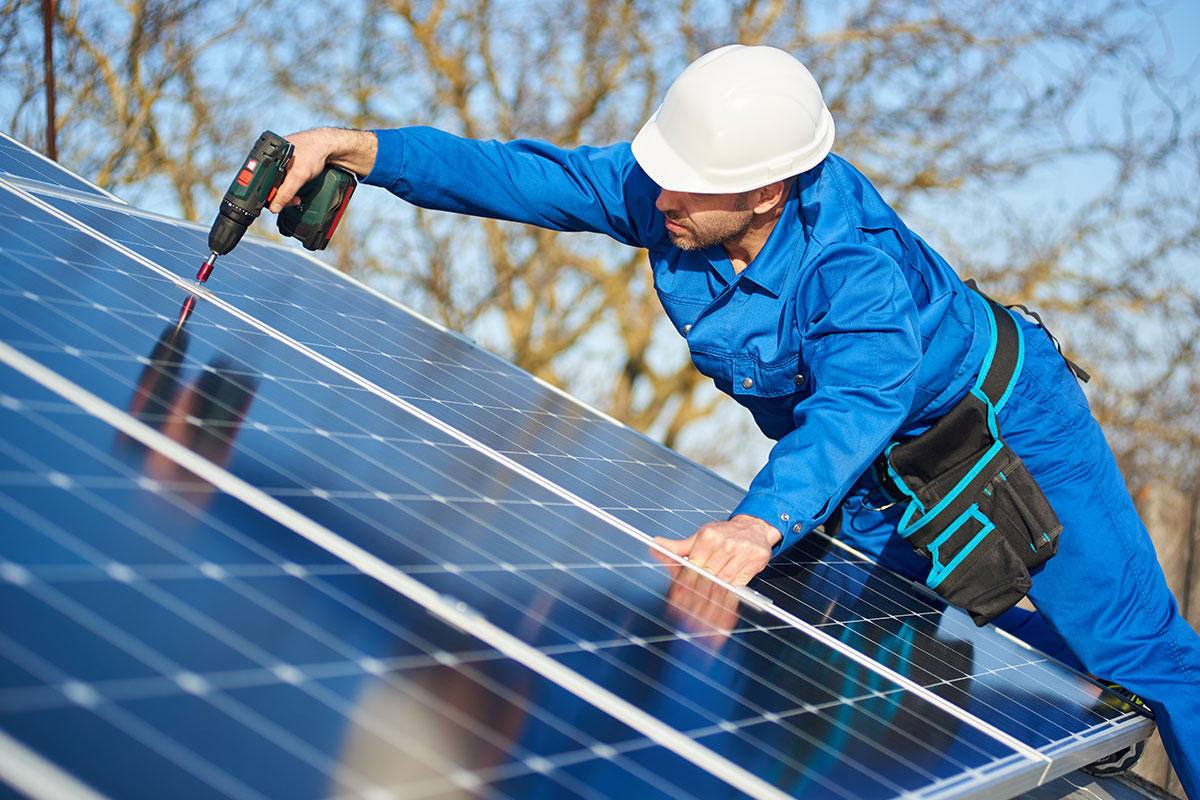 Parama verslui įsirengti saulės elektrinę