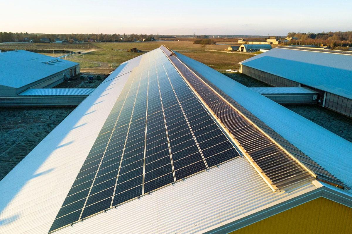 Saules enerģijas risinājumi ietekmē uzņēmumu kredītreitingu