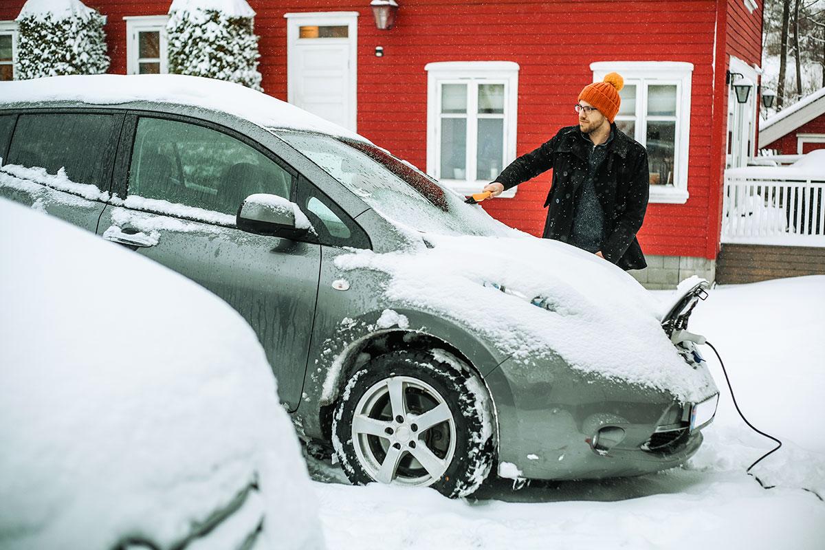 Kuidas sõita elektriautoga külma ilma ja libedusega
