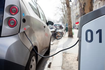 Challenges in Making a Fast-Charging Battery > ENGINEERING com