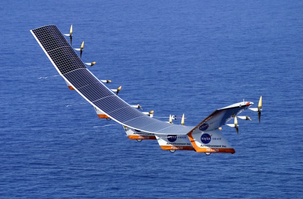 Airplane Powered By Solar Energy To Make First Round The